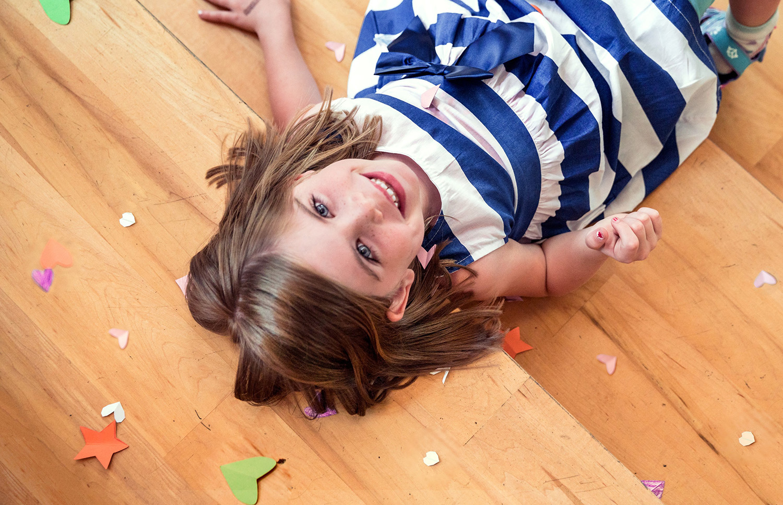 Aranżacje pokoju dziecięcego – jaka podłoga wpokoju dla dzieci?
