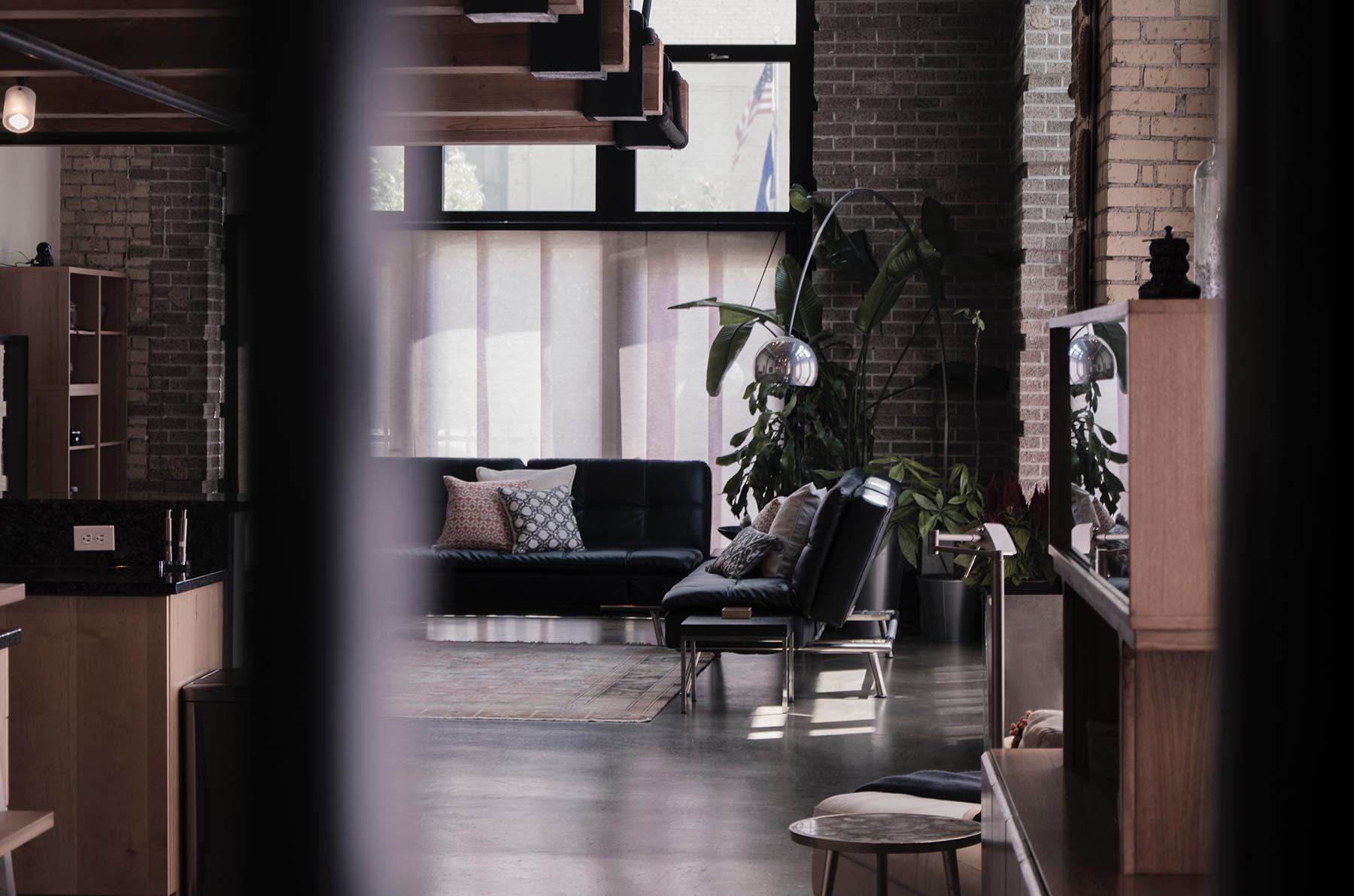Cegła dekoracyjna wewnętrzu – dekorator Weninger podpowiada